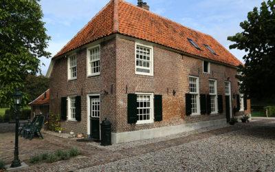 Artikel in het Contact over restauratie voormalige herberg en boerderij 'De Wientjesvoort'